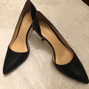 Black stilettos pumps